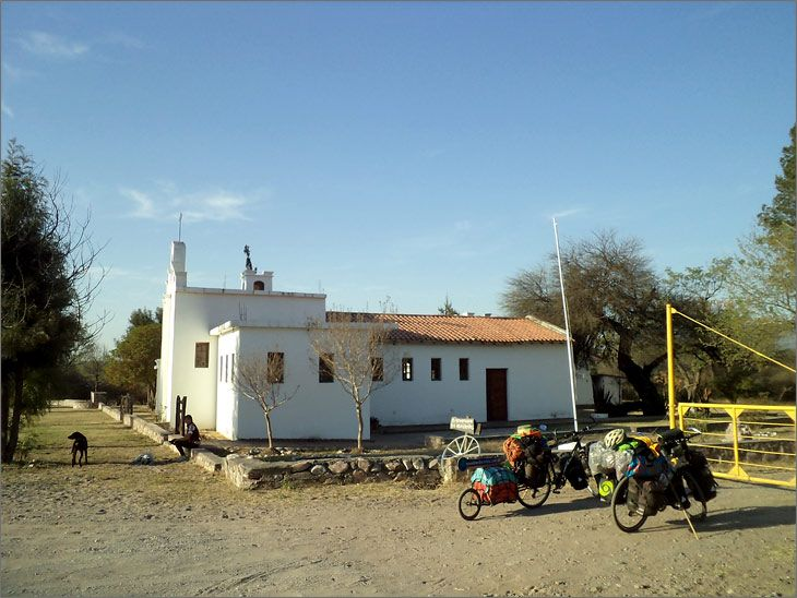 i86_16_juramento_ruta_9_salta_casa_emaus_viajar_mundo_en_bicicleta