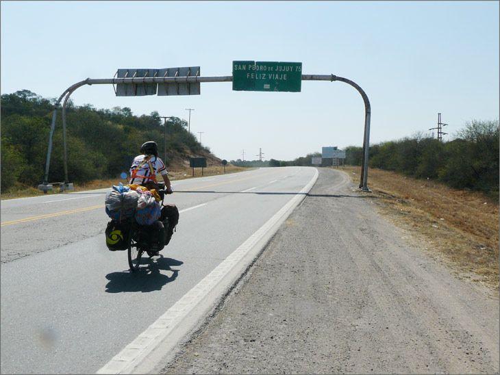 i86_32_salta_ruta_9_viajar_mundo_en_bicicleta